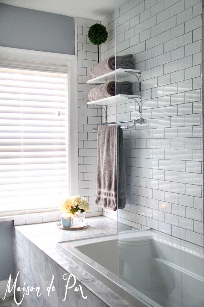 master bath tub wall