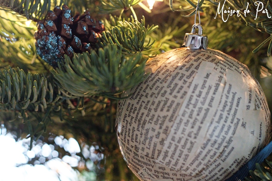 blue christmas tree ornaments close