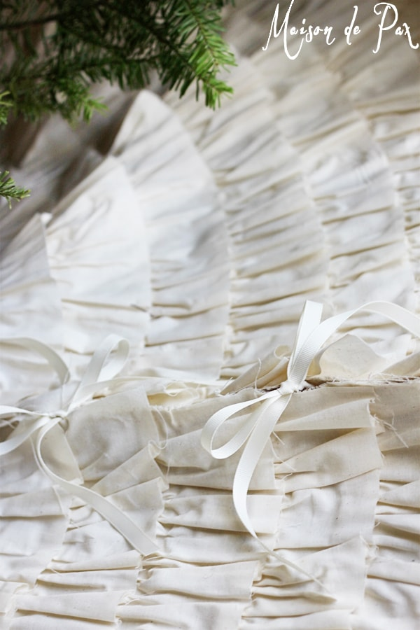ruffled tree skirt ties