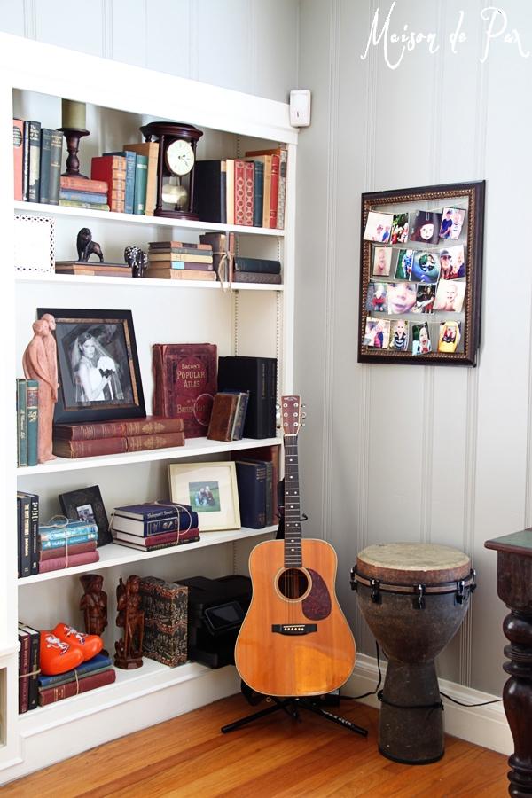 gray office music corner