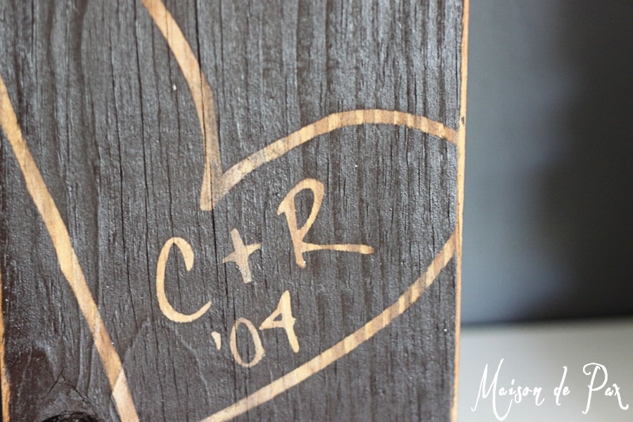 Ideas for layering bookshelf decor with an adorable rustic wood sign... plus a giveaway!