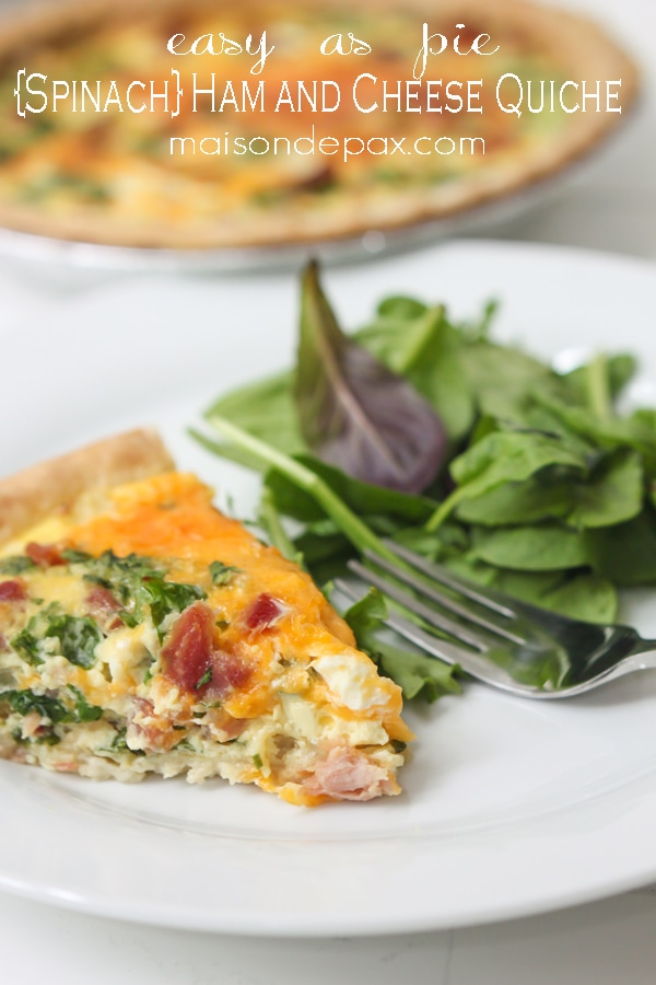 Easy and delicious, this spinach, ham and cheese quiche is perfect for breakfast, lunch, or dinner! maisondepax.com #recipe