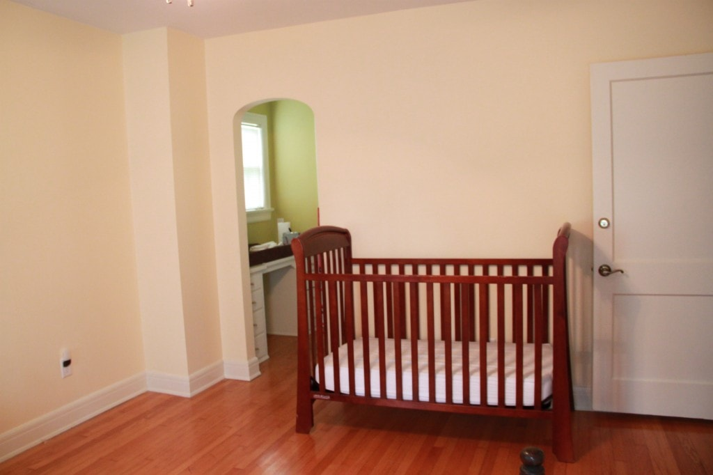 boys room before