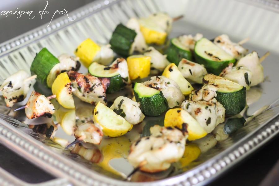 delicious and easy! pesto chicken kabobs via maisondepax.com