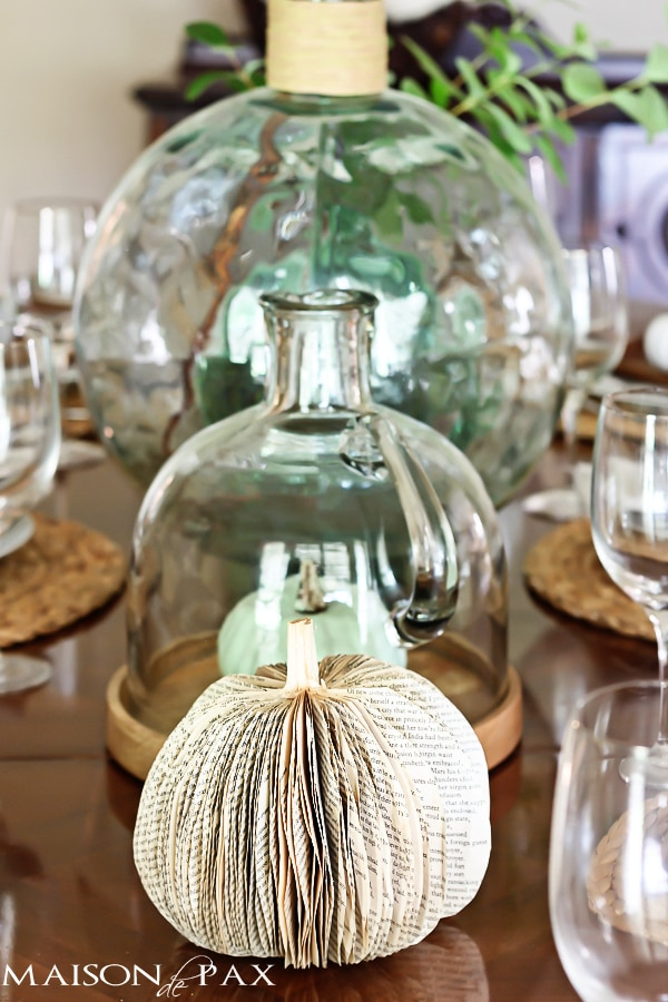 gorgeous neutral fall centerpieces at maisondepax.com #fall #decor #centerpiece #tablescape #dining