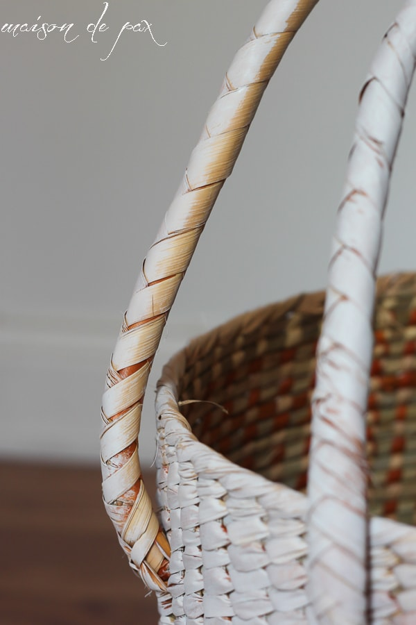 update an old basket with a fresh coat of paint via maisondepax.com #diy #decor #makeover