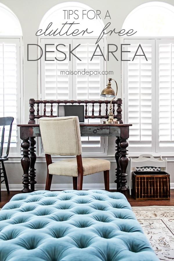 Clutter Free Desk (sign)