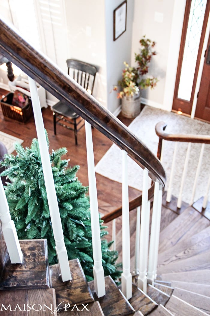 what a gorgeous staircase! Tips for choosing the perfect tree | maisondepax.com