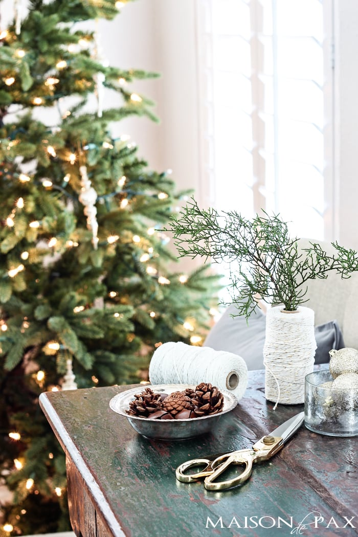 Great ideas for easy holiday decor: try filling a bowl or basket with any one of these fun items! maisondepax.com