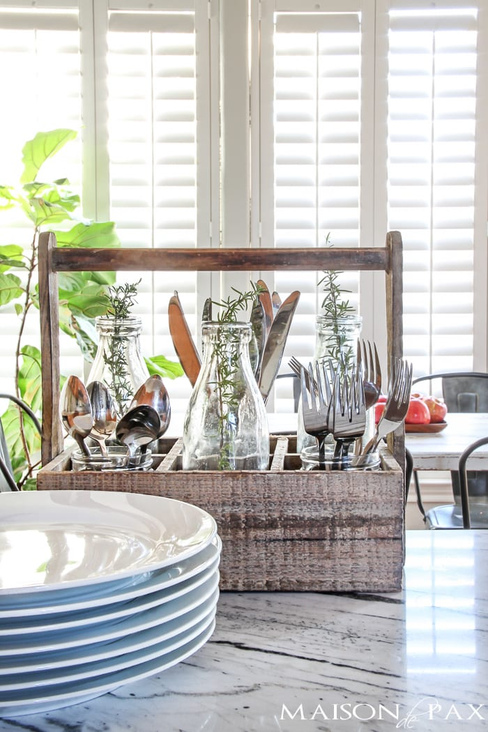 Beautiful! So many wonderful ideas for a casual and easy Thanksgiving celebration   maisondepax.com