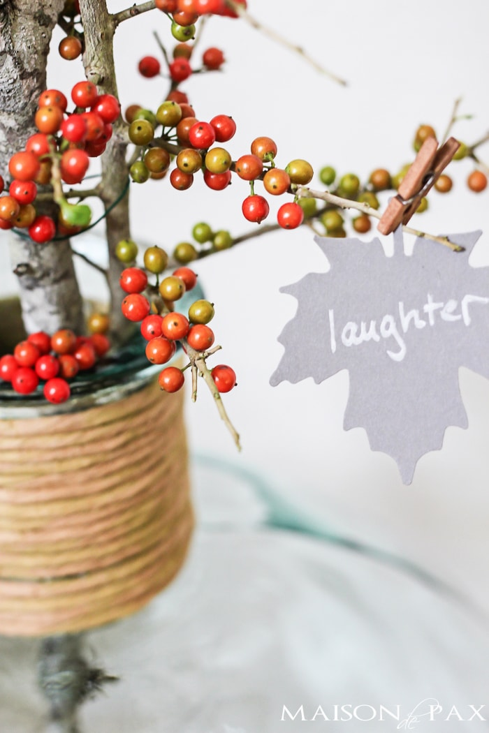 I love this Thanksgiving project idea! A Thankful Tree uses simple card stock leaves to help you and your family count your blessings each November | maisondepax.com
