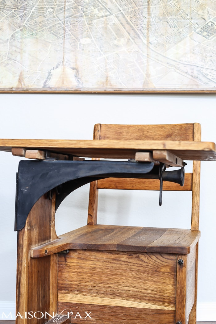 Vintage School Desk (low front)