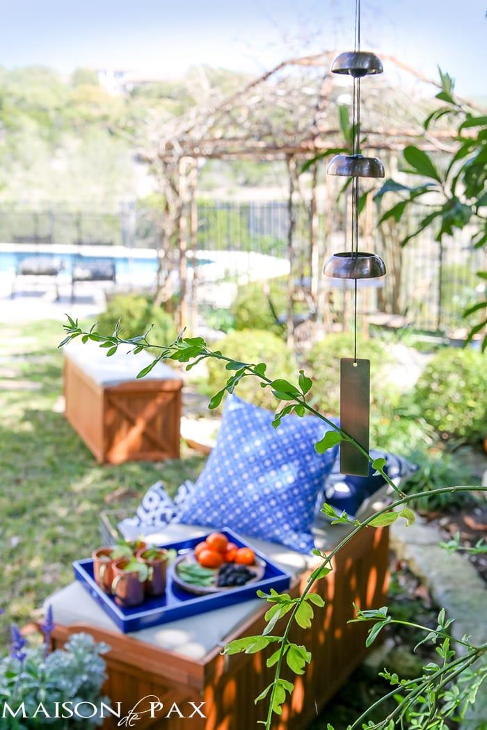 how to create a garden oasis | maisondepax.com