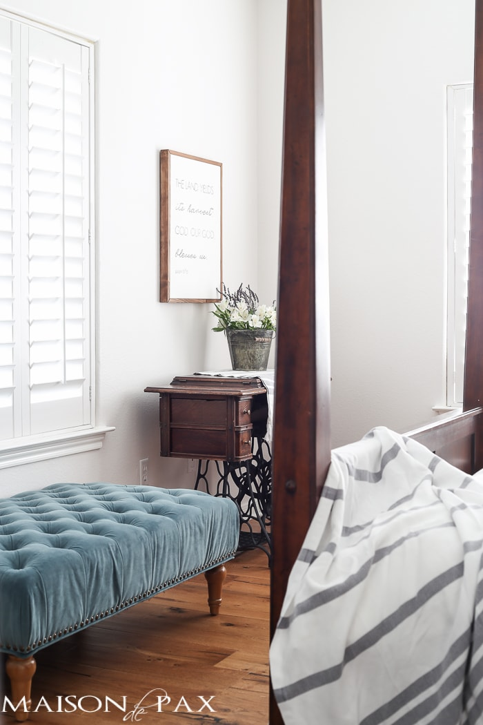 I love the serenity and simplicity of this white bedroom! What a beautiful home with light touches of greenery perfect for spring or summer | maisondepax.com