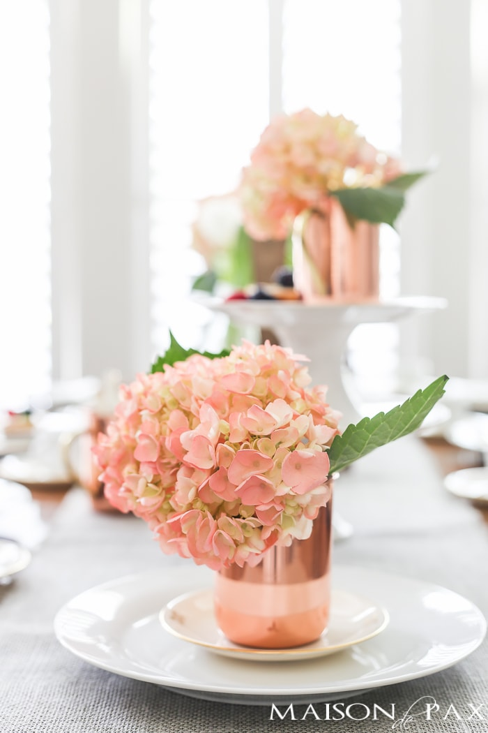 blush hydrangeas and copper mugs make such a gorgeous combination on this spring dining table | maisondepax.com