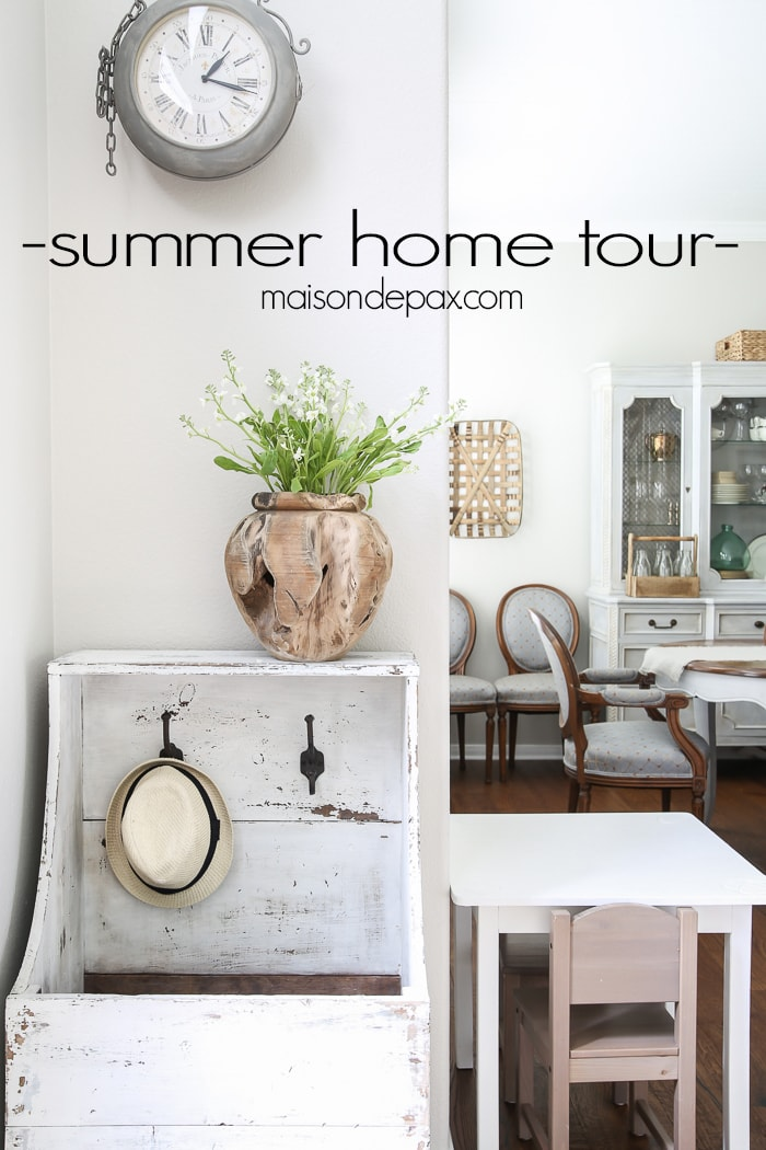 Beautiful summer home tour with lots of whites, raw wood tones, and simple summer decorating ideas