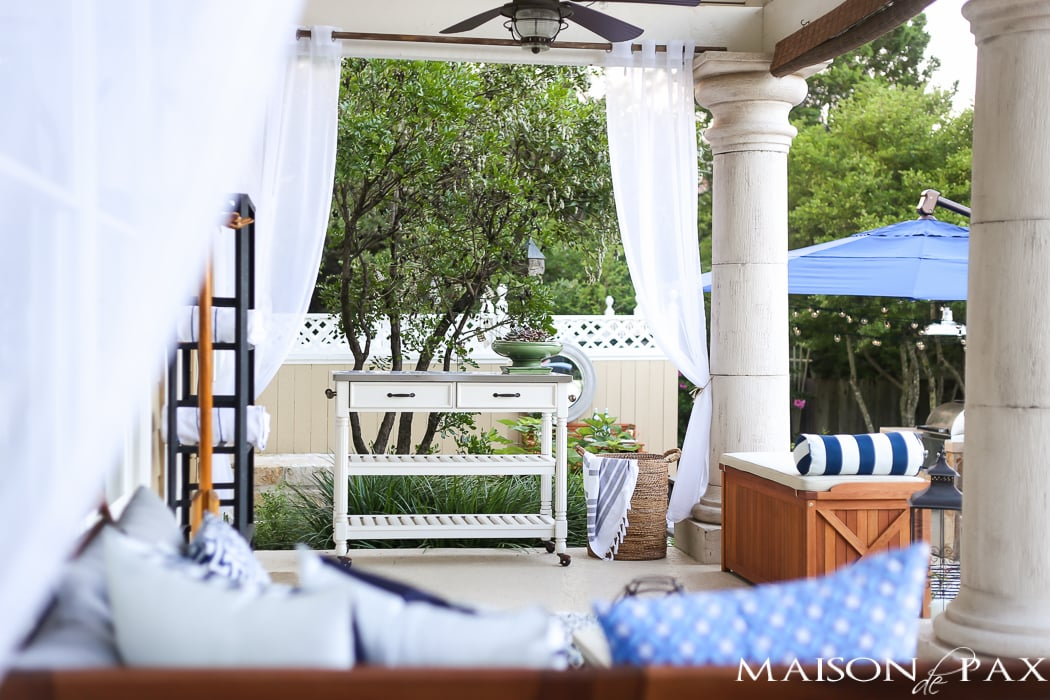 Outdoor Decorating Tips: rolling carts make perfect serving areas and can be moved back inside when finished if needed