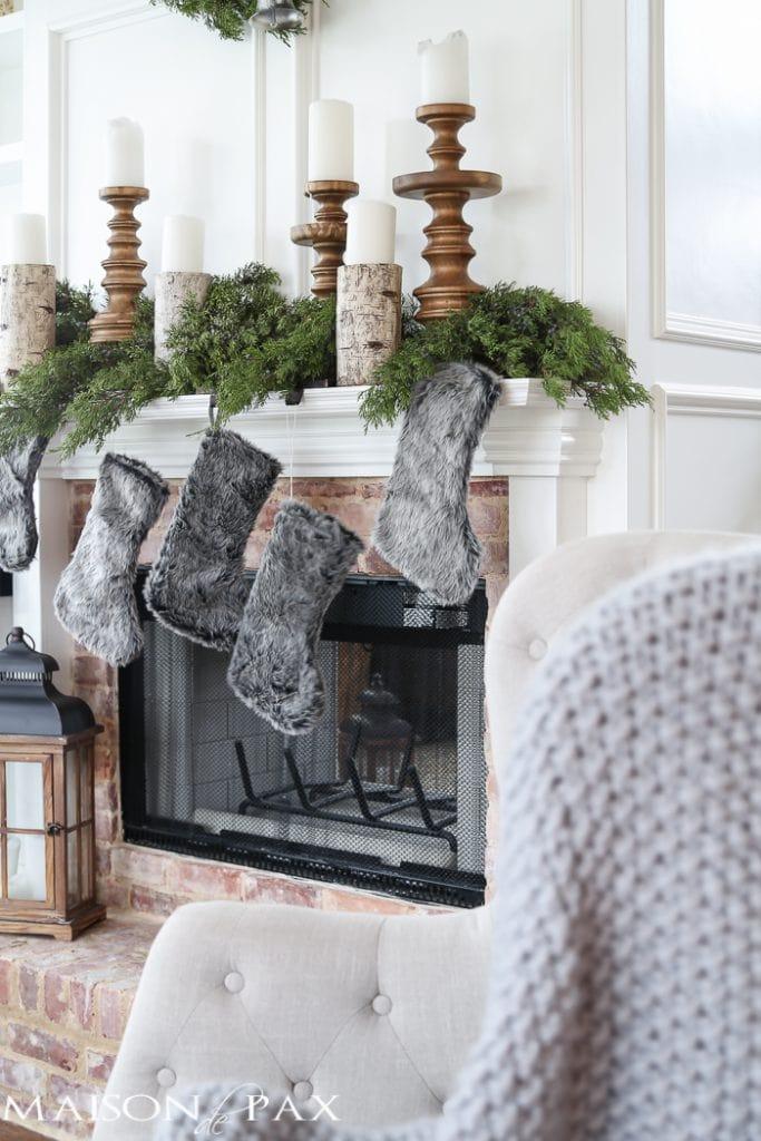 Winter Woodland Christmas Mantel - Maison de Pax