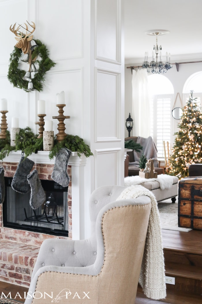 green and white christmas decorating ideas so many lovely natural greenery and cozy neutral decorations - Neutral Christmas Decor
