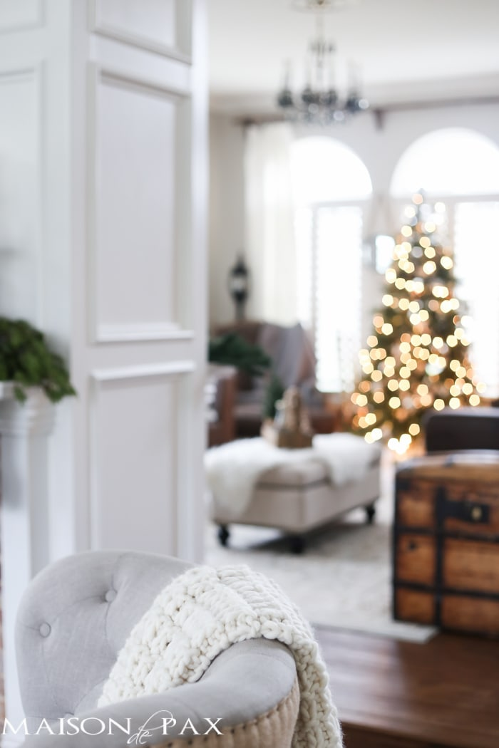 christmas decorations ideas for living room. Green and white Christmas decorating ideas  So many lovely natural greenery cozy neutral decorations White Decorating Ideas Maison de Pax