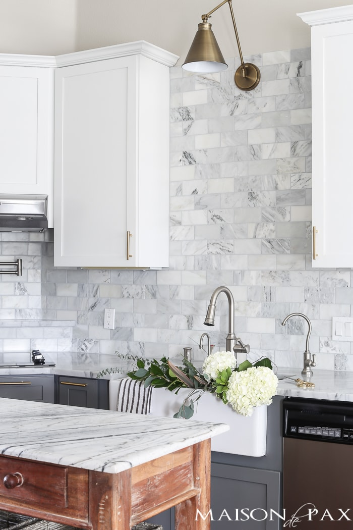50 Best Kitchen Backsplash Ideas For 2017: Gray And White And Marble Kitchen Reveal
